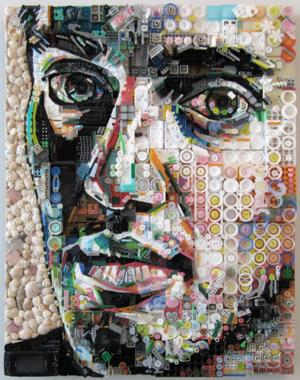 Caras hechas con material de descarte