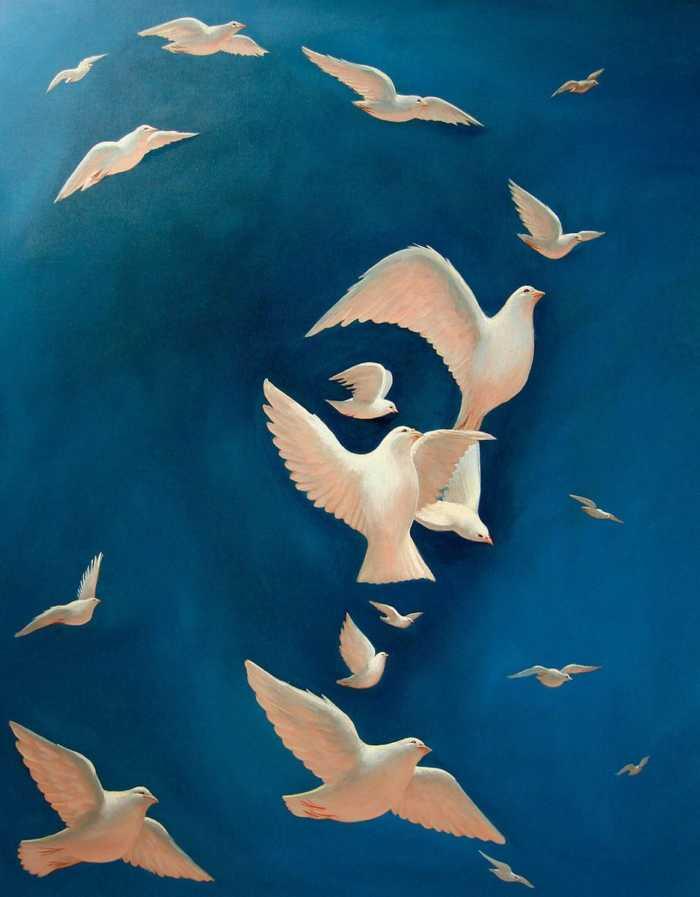 Octavio Ocampo pinta palomas para componer una imagen especial